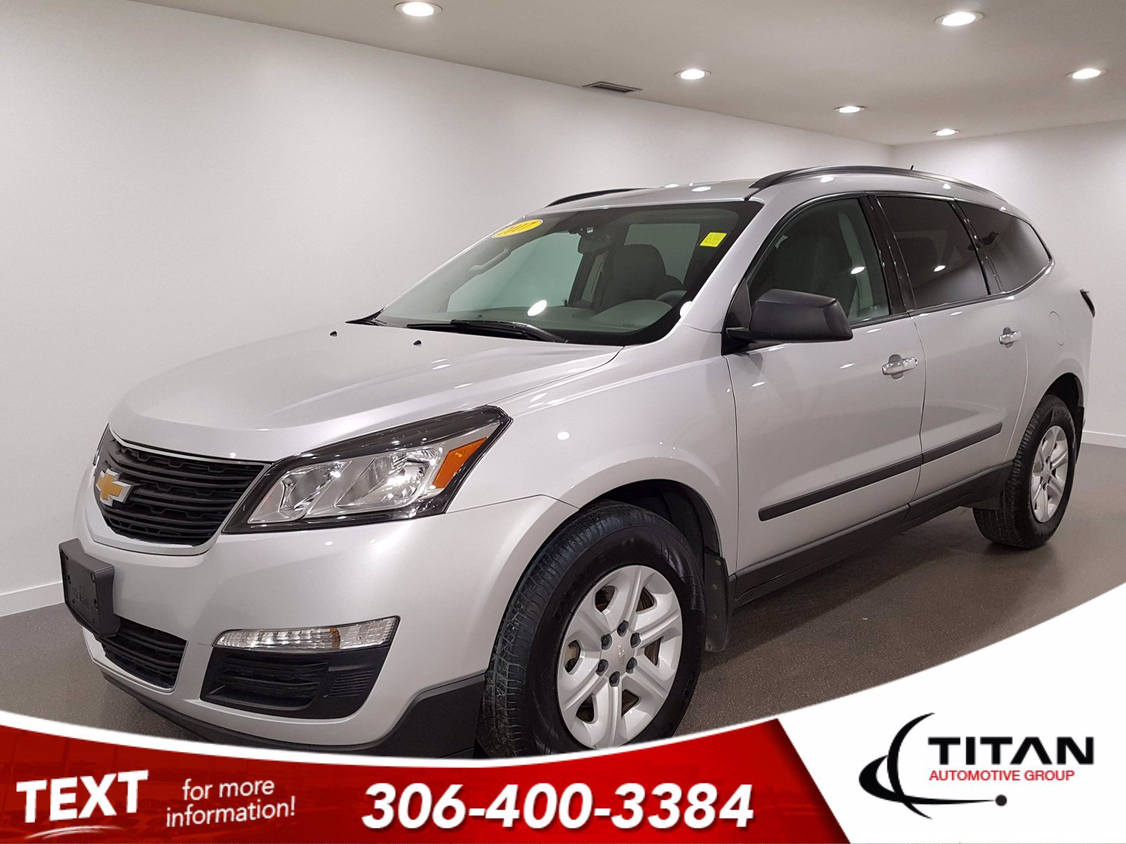 Pre-Owned 2017 Chevrolet Traverse LS AWD V6 | 8 Pass | Bluetooth | Back-up Camera | Local