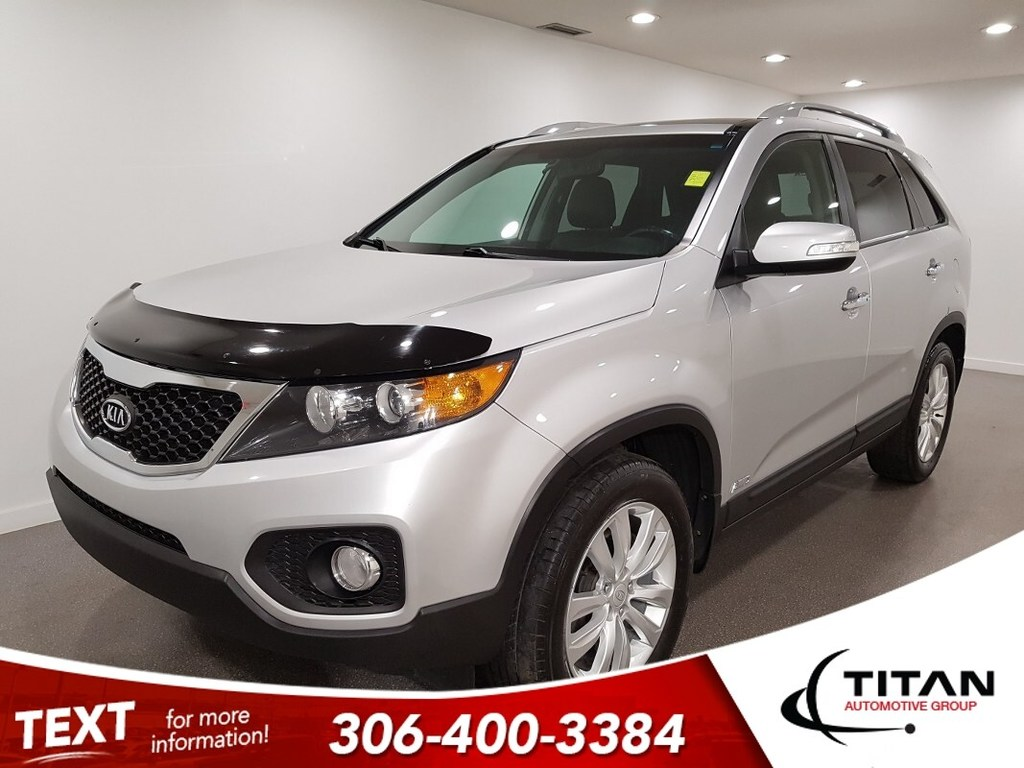 Pre-Owned 2011 Kia Sorento EX V6 AWD Leather CAM NAV
