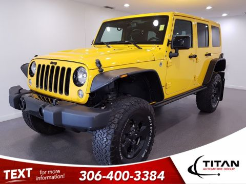 Pre-Owned 2015 Jeep Wrangler Unlimited Sahara|Leather|NAV|HeatedSeats|Fenders