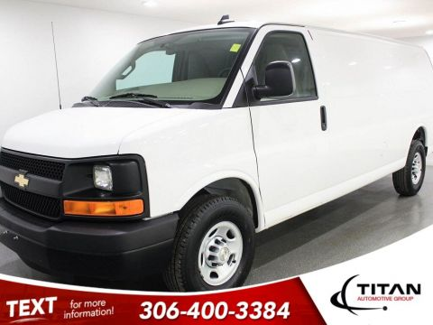 Pre-Owned 2017 Chevrolet Express Cargo Van 2500 V8 Automatic