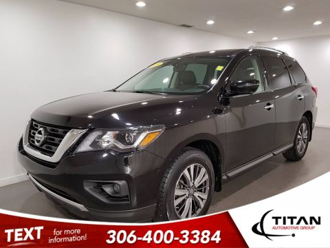 Pre-Owned 2019 Nissan Pathfinder SL 4x4 V6 | Leather | Sunroof | Navigation