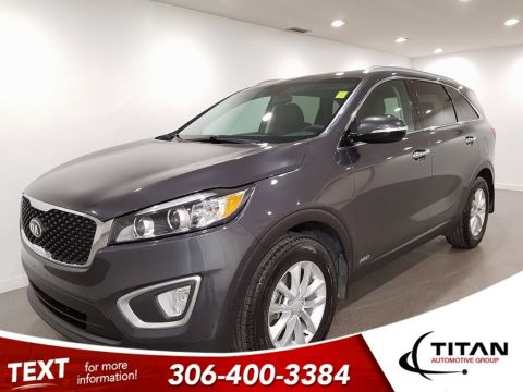 Pre-Owned 2018 Kia Sorento EX AWD Htd Leather Apple Carplay